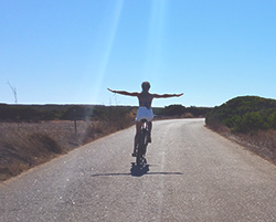 bicycle-surf-camp-sagres