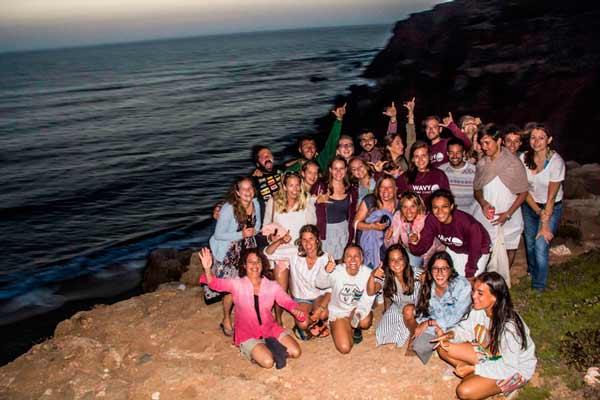 Wavy-surf-camp-family