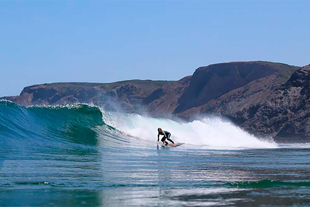 surfing in the Algarve
