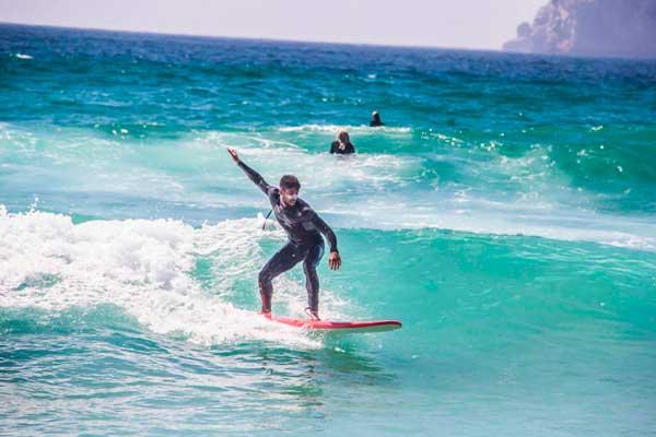 clases de surf en Portugal