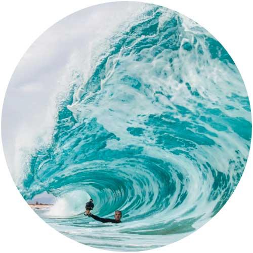 5 cuentas de instagram de surf Clark Little