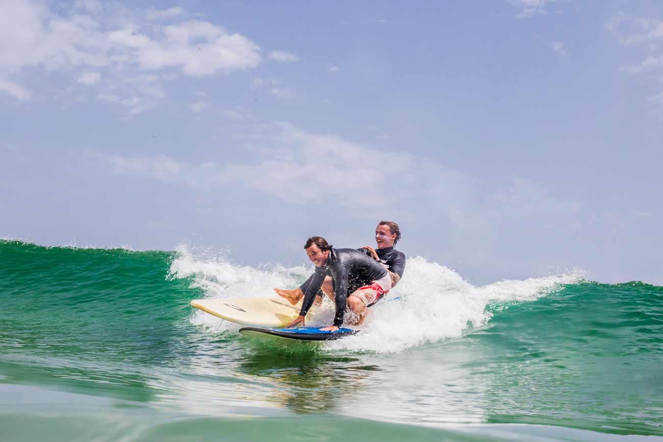 surfear en Portugal