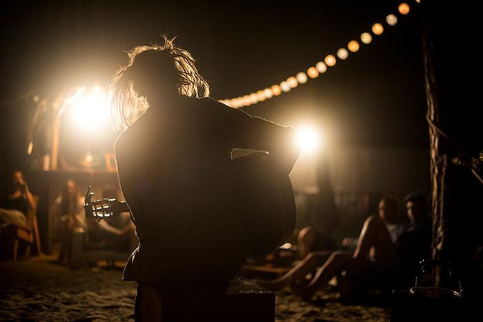concert t wavy surf camp sagres portugal